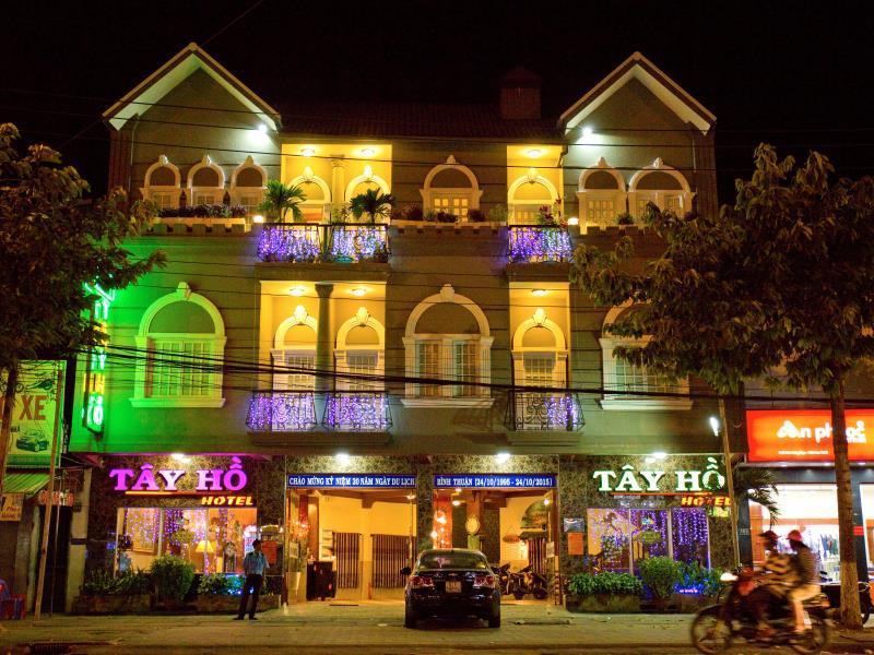Khách Sạn Tây Hồ Phan Thiết