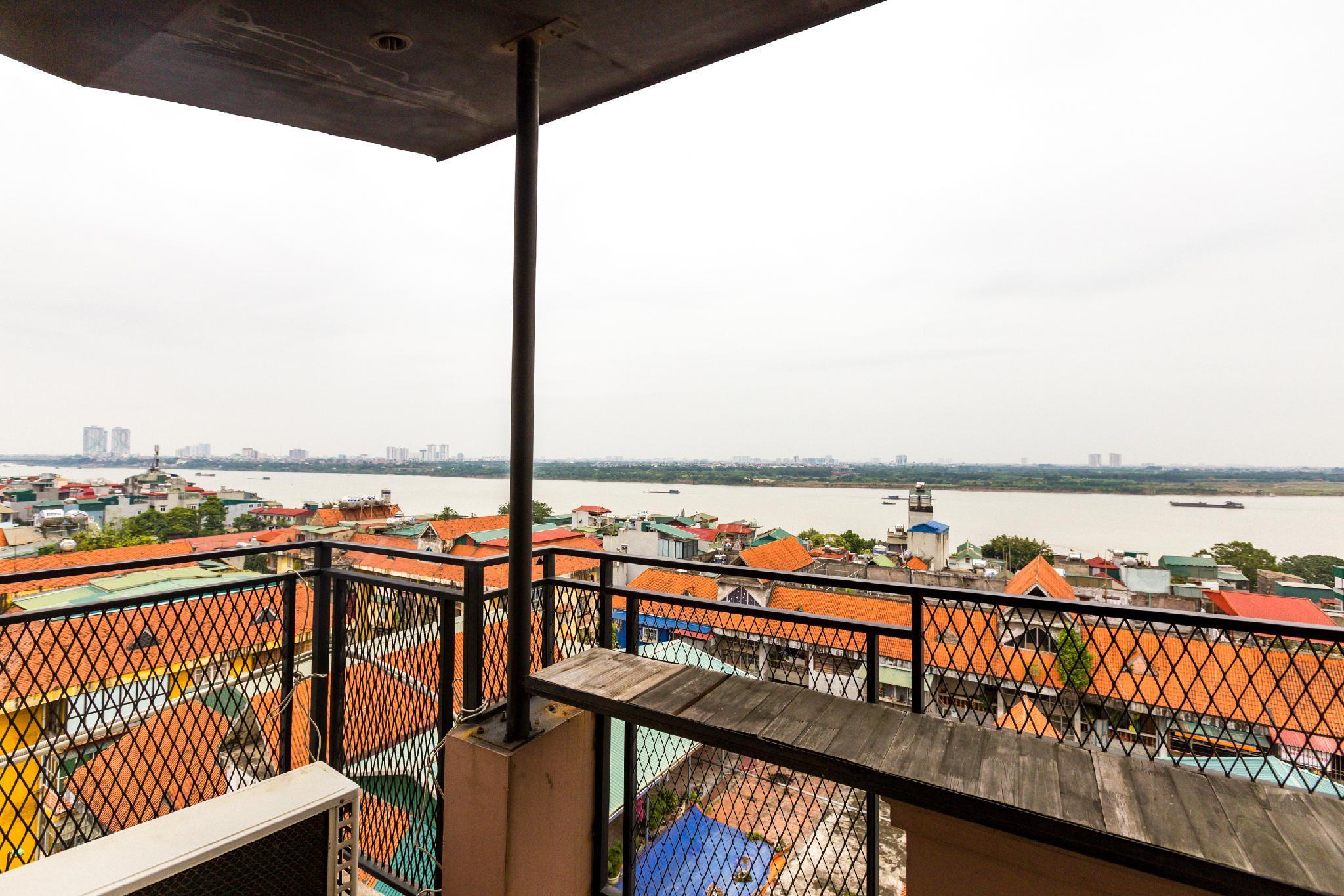 OYO 703 Hoang Gia Hotel, Hai Bà Trưng