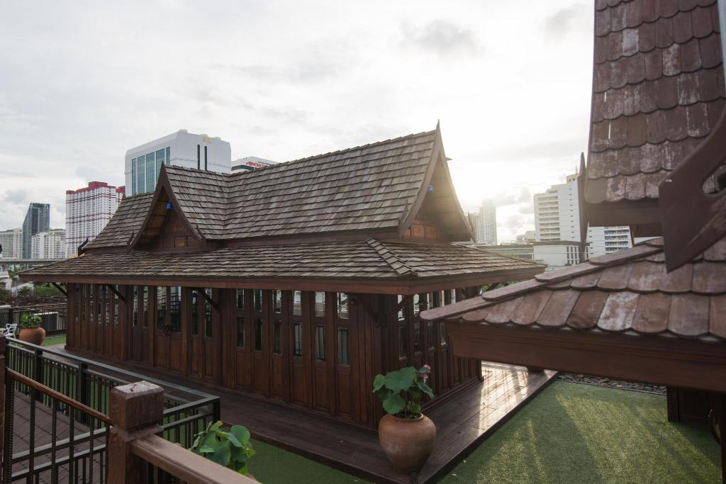 ホリデー イン エクスプレス バンコク サイアム ホテルと同グレードのホテル4