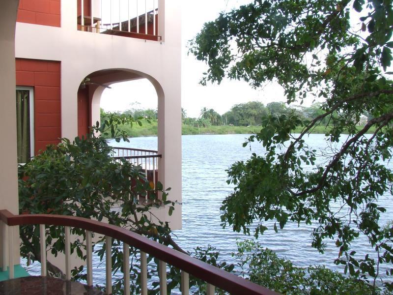 Lamanai Landings Resort and Marina,