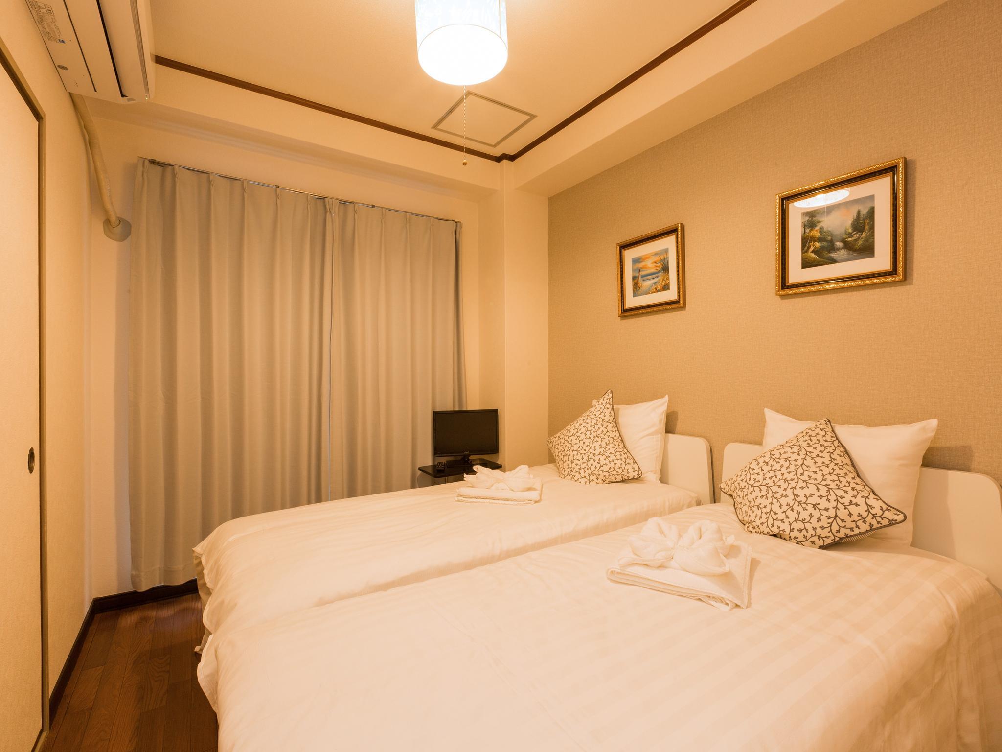 SI Apartment Near Station in Namba area, Osaka