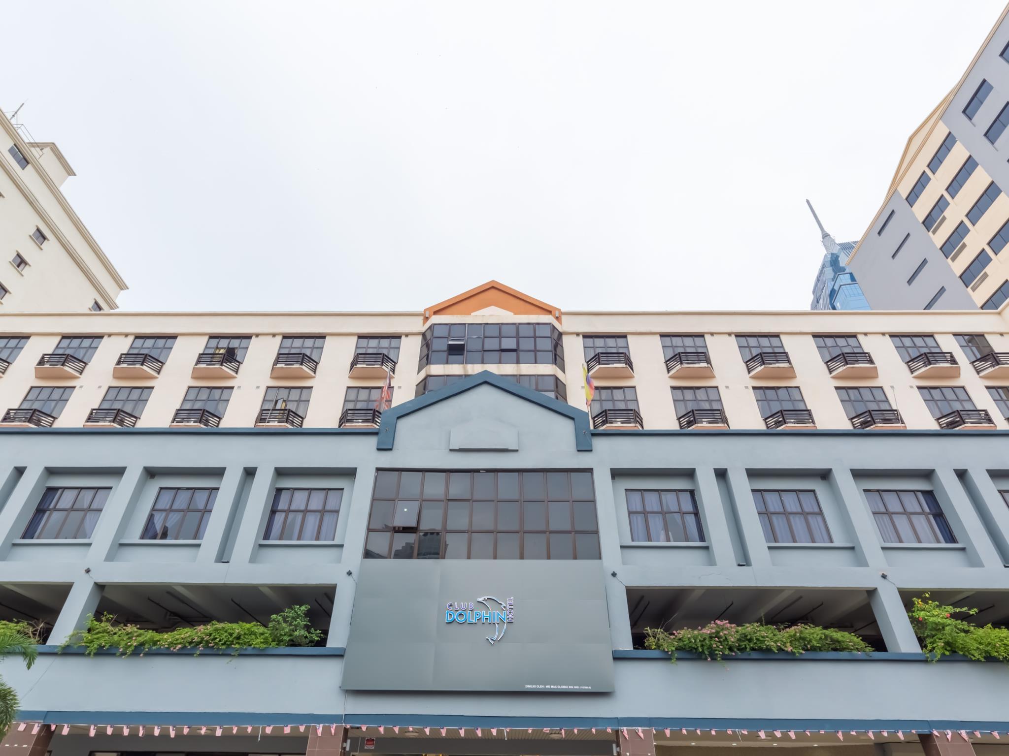 Club Dolphin Hotel