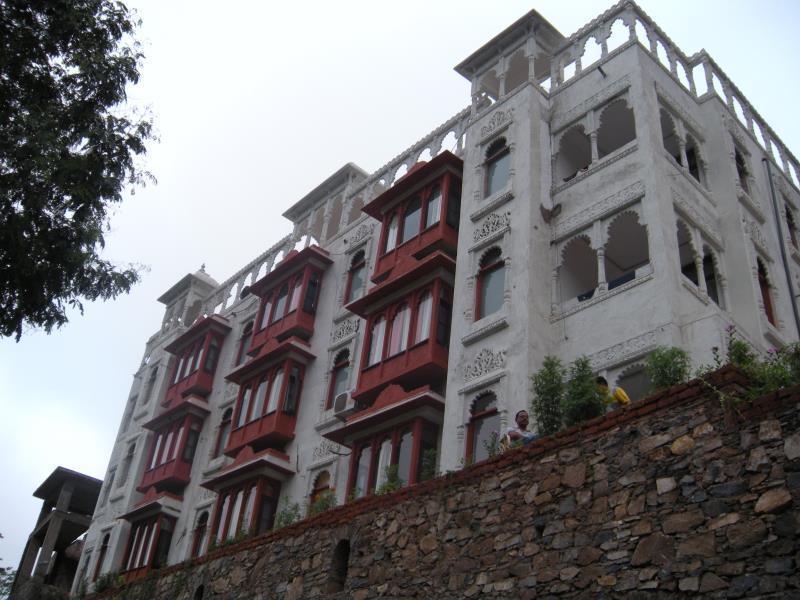 Hotel Rajgarh