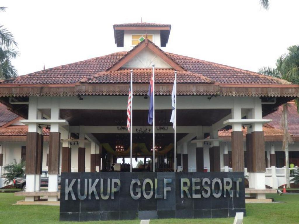 Best Price On Kukup Golf Resort In Pontian Reviews