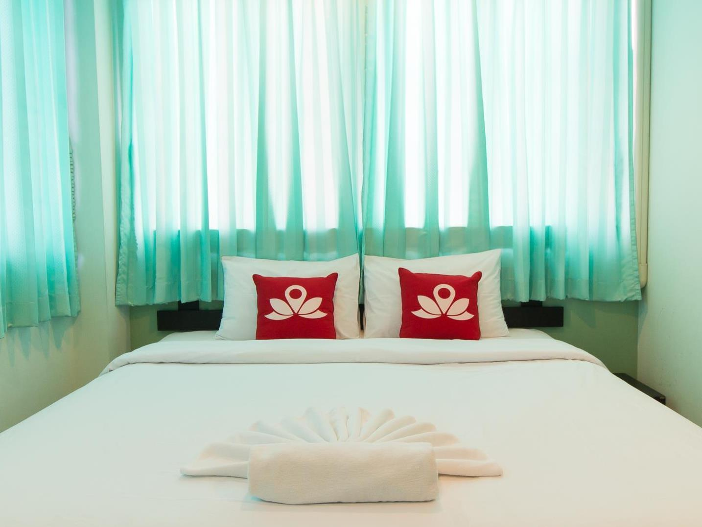 ZEN Rooms Mahachai Khao San, Pom Pram Sattru
