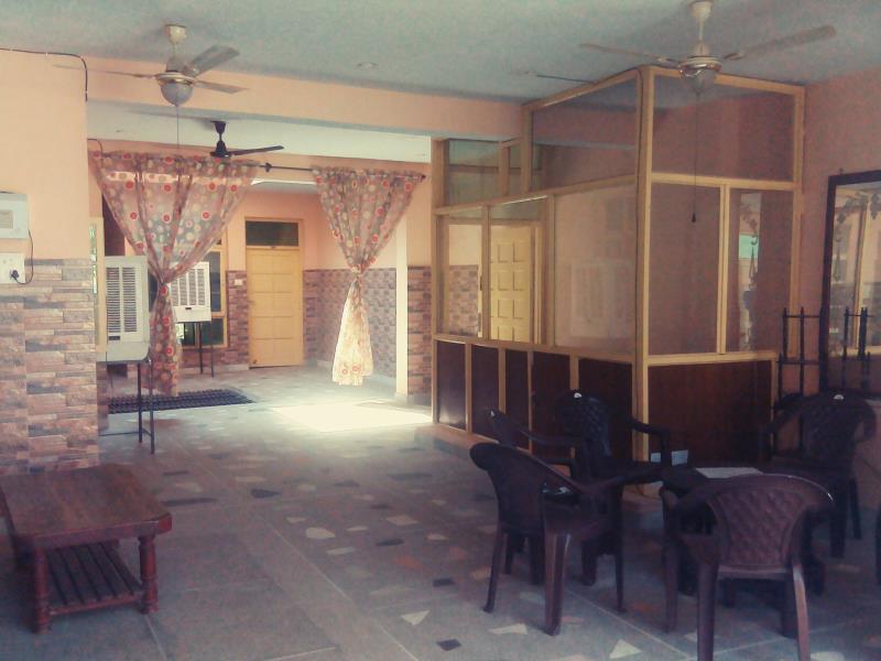 hotel rajat, Panchkula