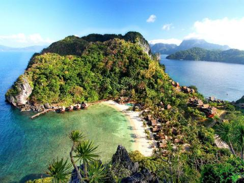 El Nido hotels with swimming pool