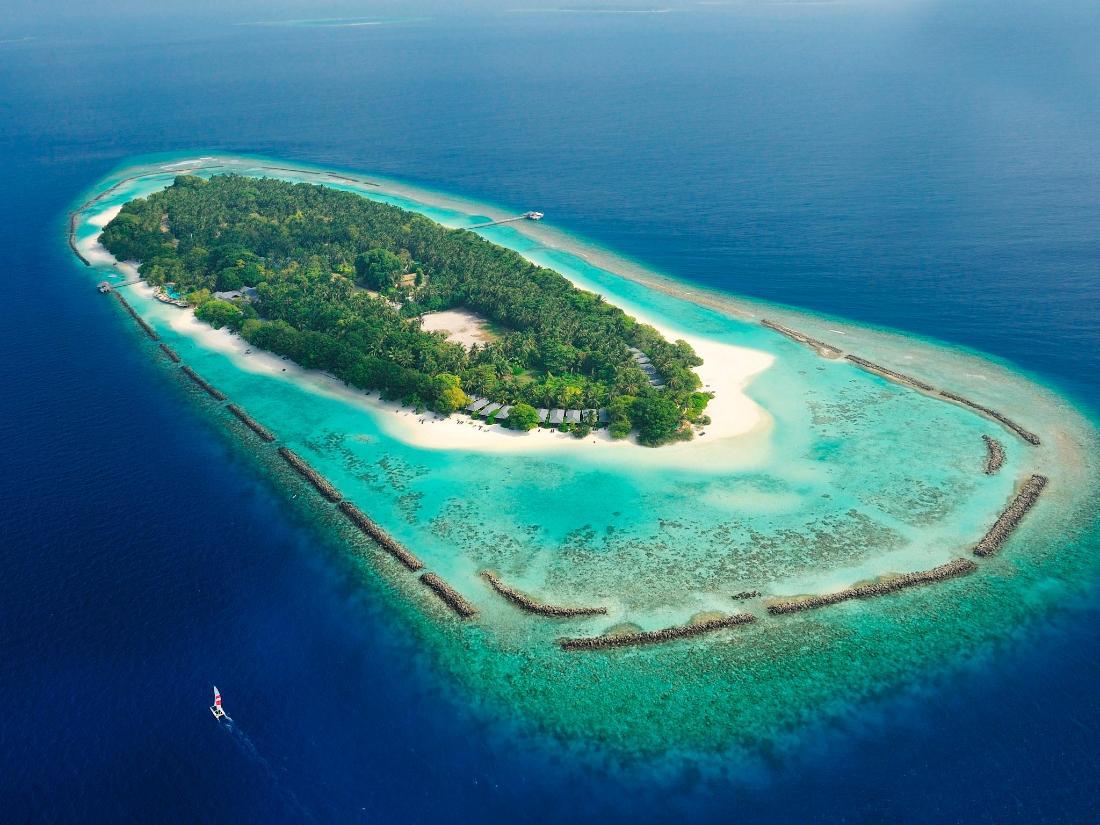Best Price on Royal Island Resort & Spa in Maldives