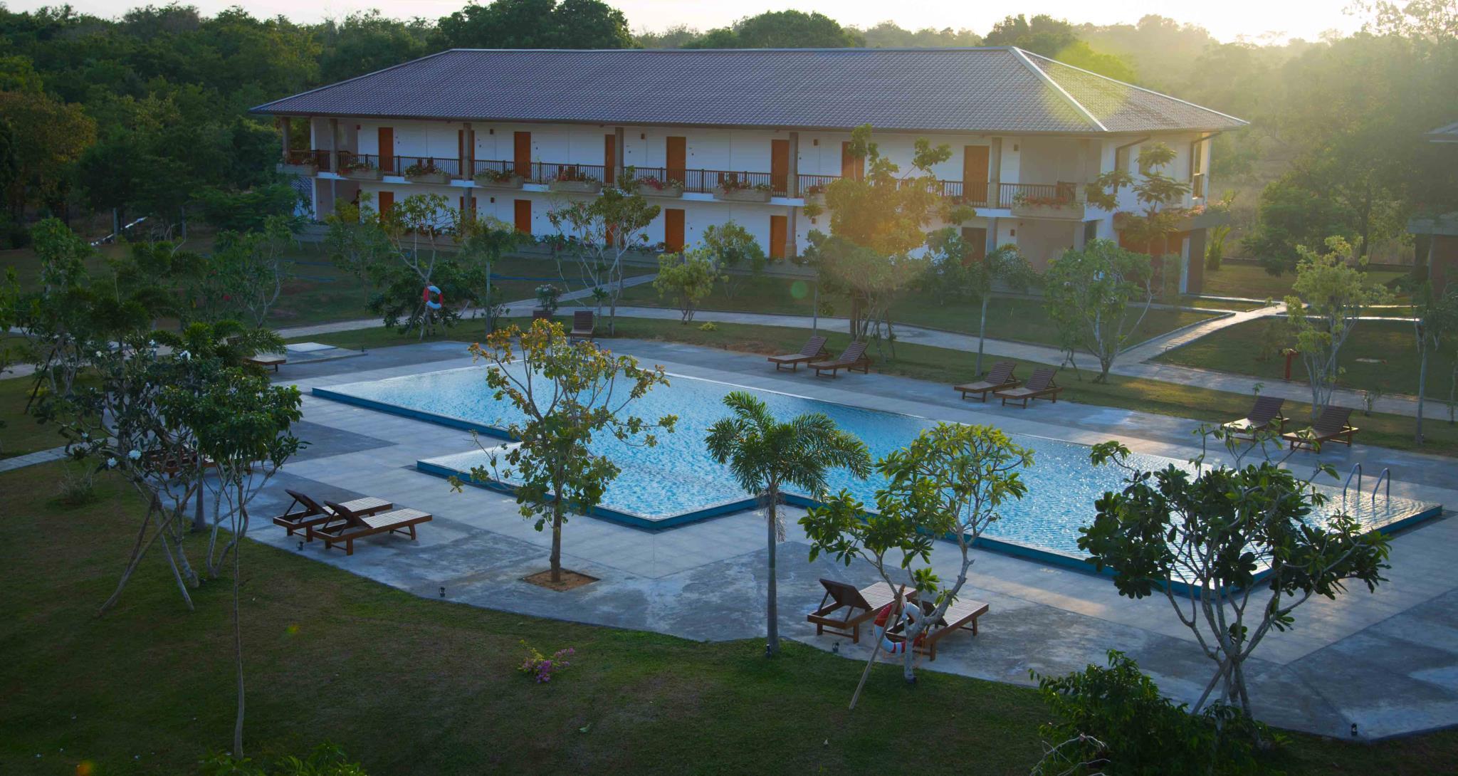 Sungreen Resort & Spa, Palugaswewa