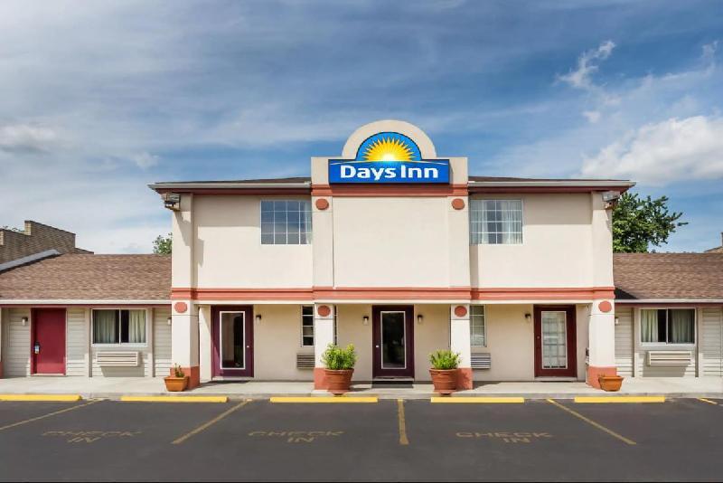 Days Inn by Wyndham Atlanta/Southlake/Morrow