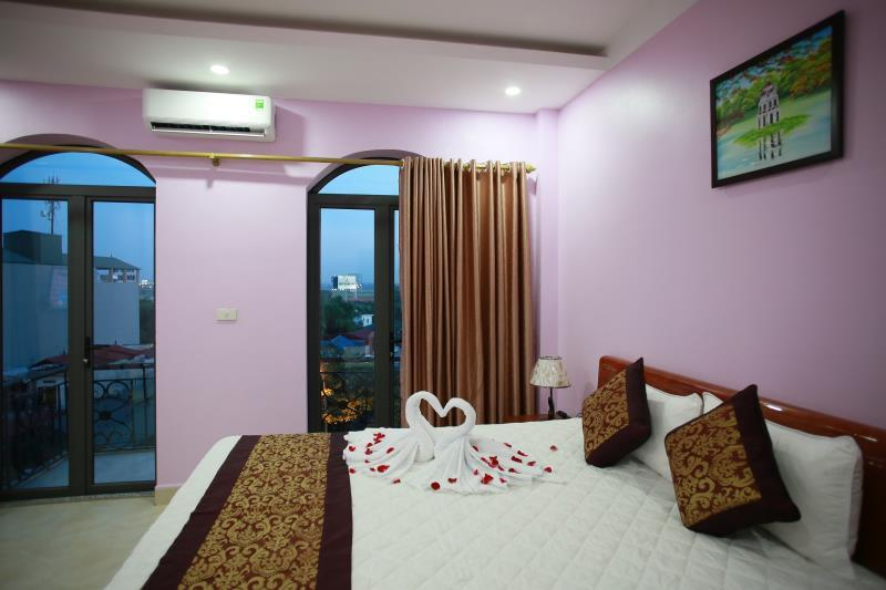 The Jade Dragon hotel, Sóc Sơn