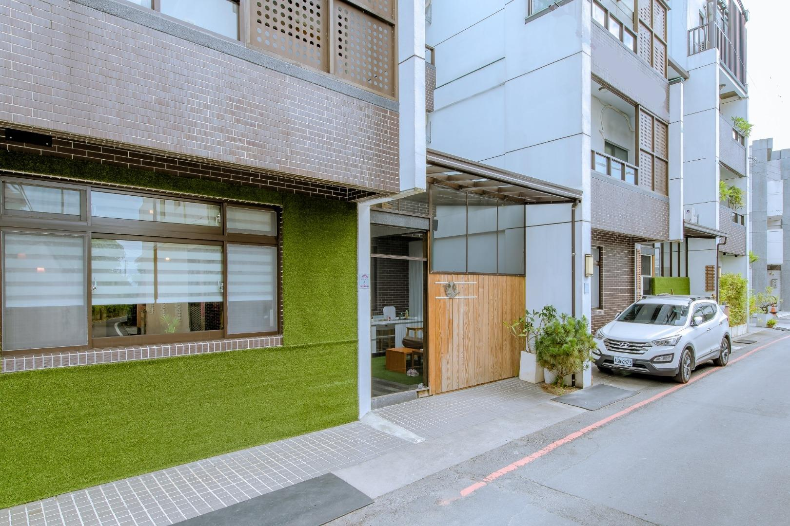 Country Roads Home Stay, Yilan