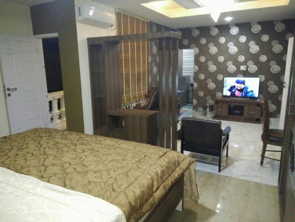LEWI HOUSE, Medan