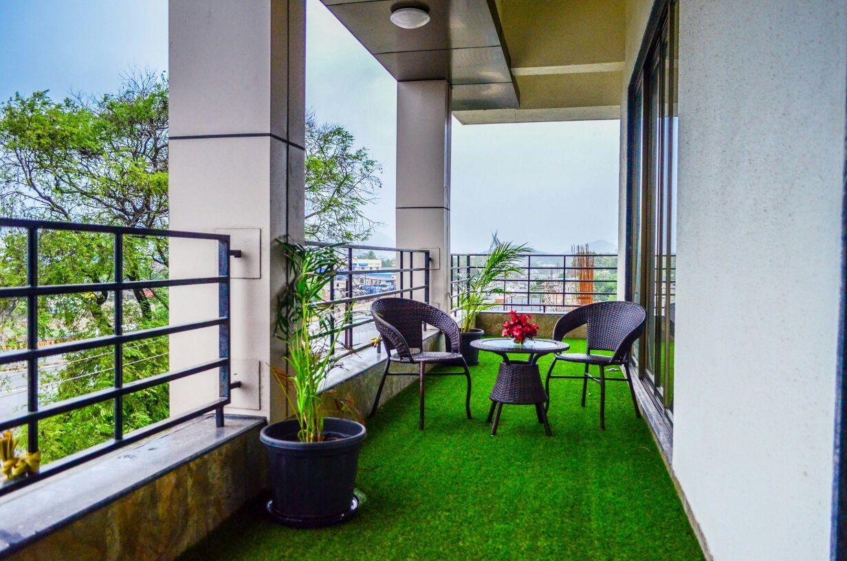 HOTEL RUDRA SHELTER INTERNATIONAL, Palghar