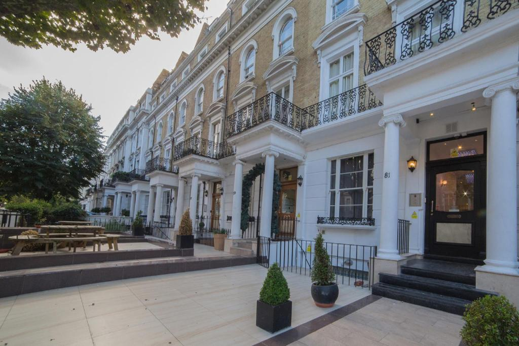 Best price on imperial court suites in london reviews for 55 inverness terrace bayswater