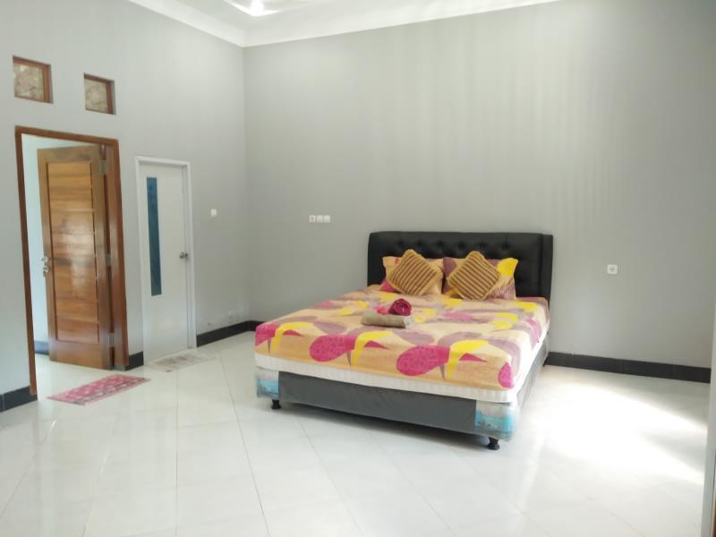 Rifqi Guesthouse, Pacitan