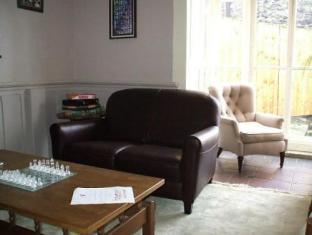 Manorhaus Llangollen, Denbighshire