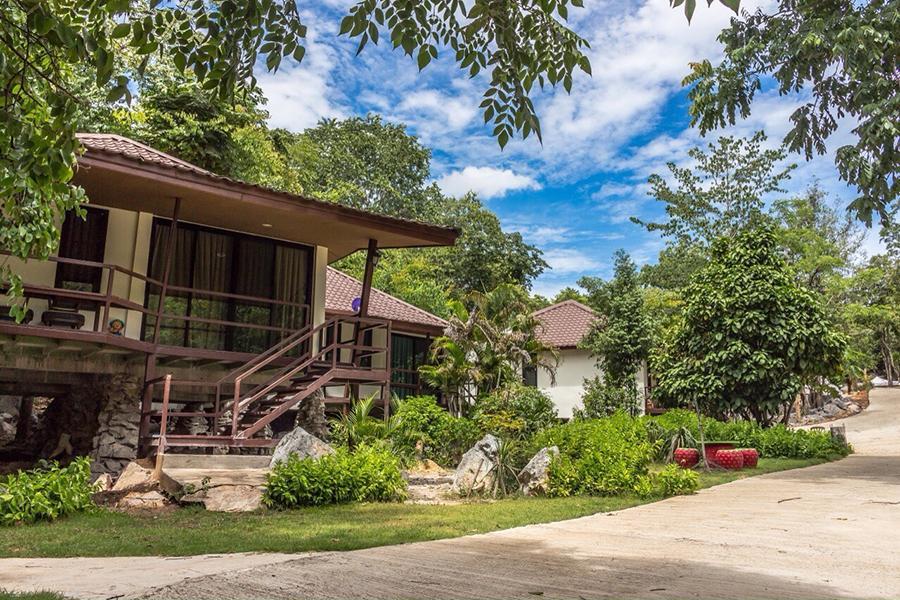 The Best Cliff Resort & Camp, Pak Chong