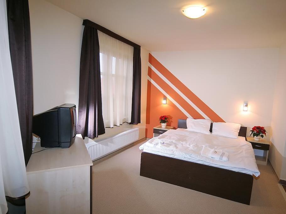 Agoston Hotel, Pécs