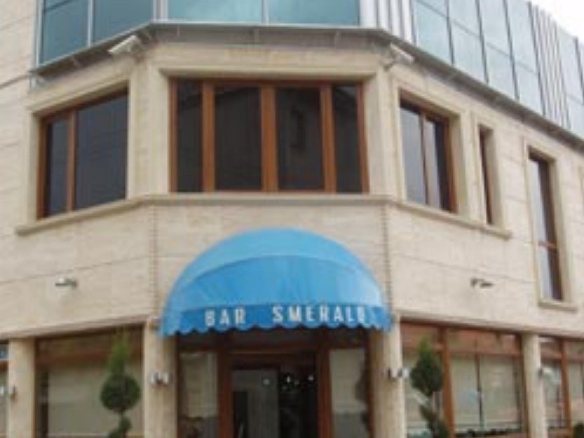 Smerald Hotel, Korçës