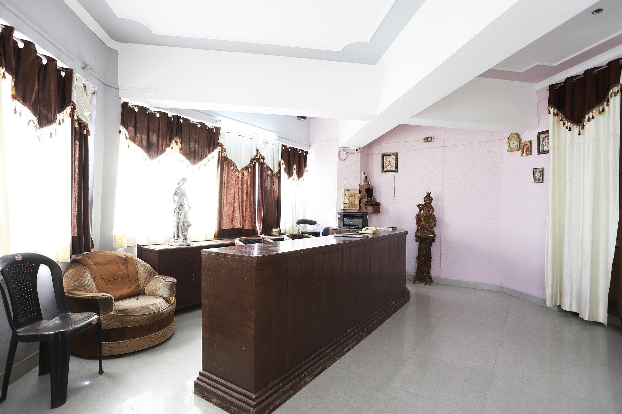 SPOT ON 41889 hotel R S, Rewari
