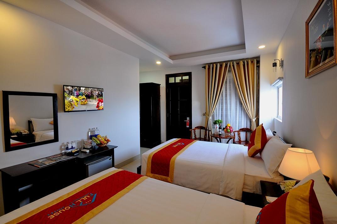 Full House Hotel, Nha Trang