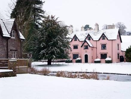 Ramada Resort by Wyndham Cwrt Bleddyn Hotel & Spa, Monmouthshire