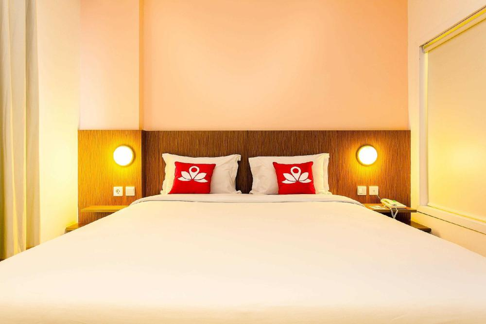 Hotel ZEN Premium Pancoran Pomelotel