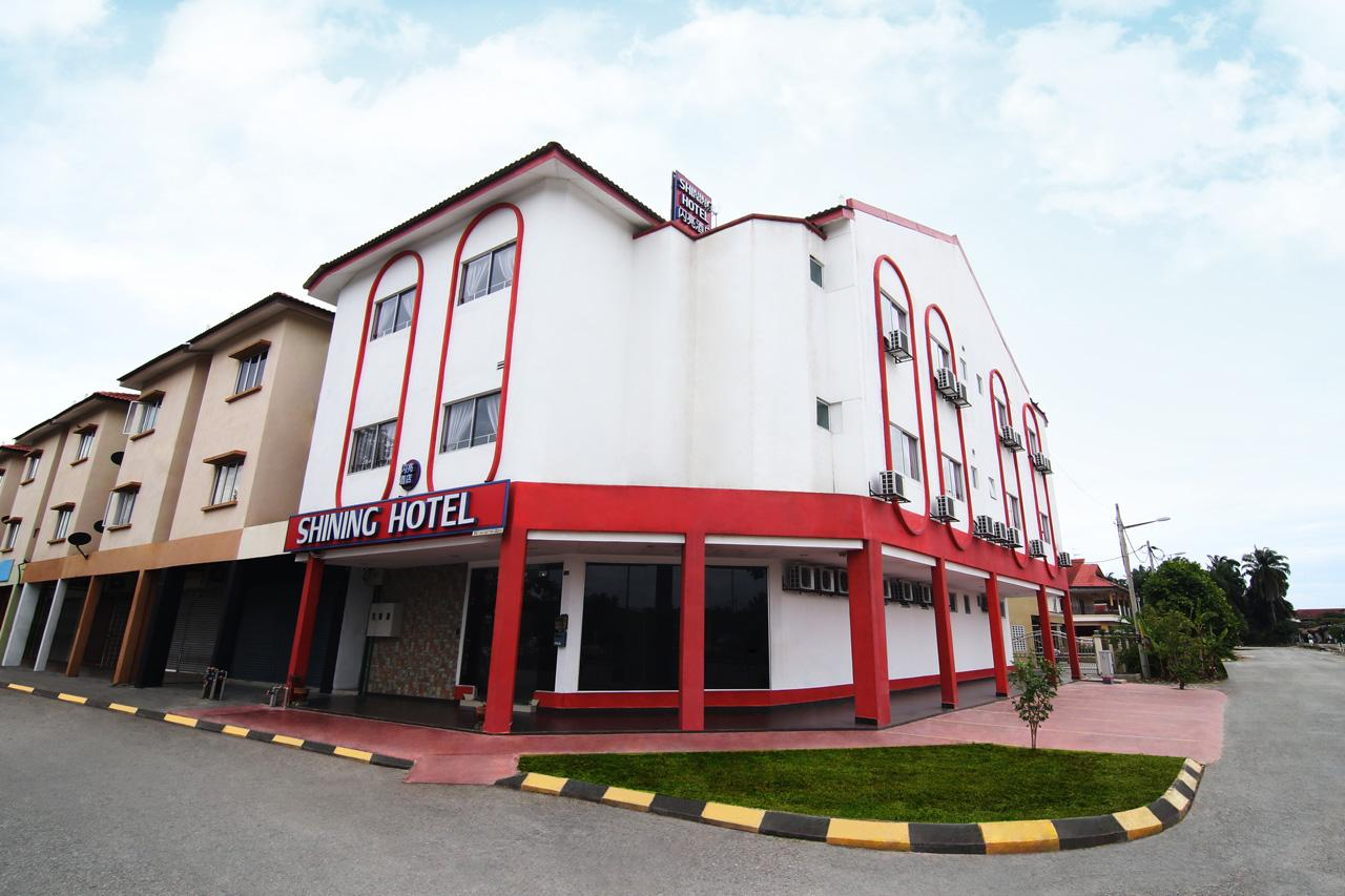 Shining Hotel, Kuala Selangor
