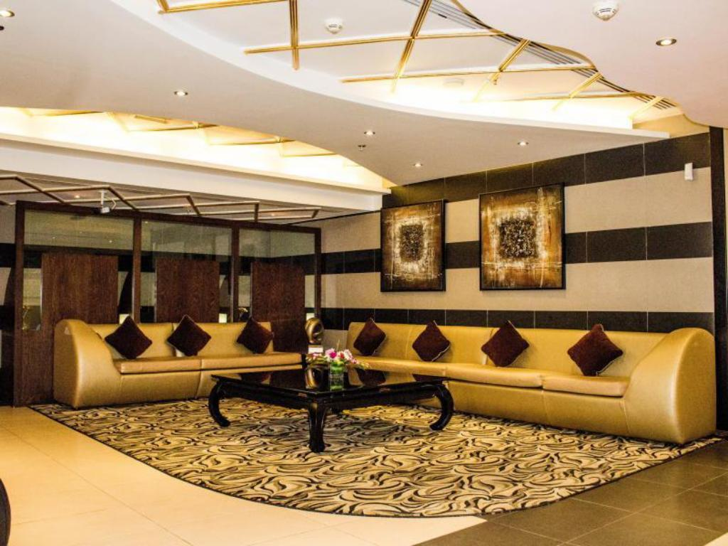 Best Price On Al Waleed Palace Hotel Apartments Bur Dubai In Dubai Reviews