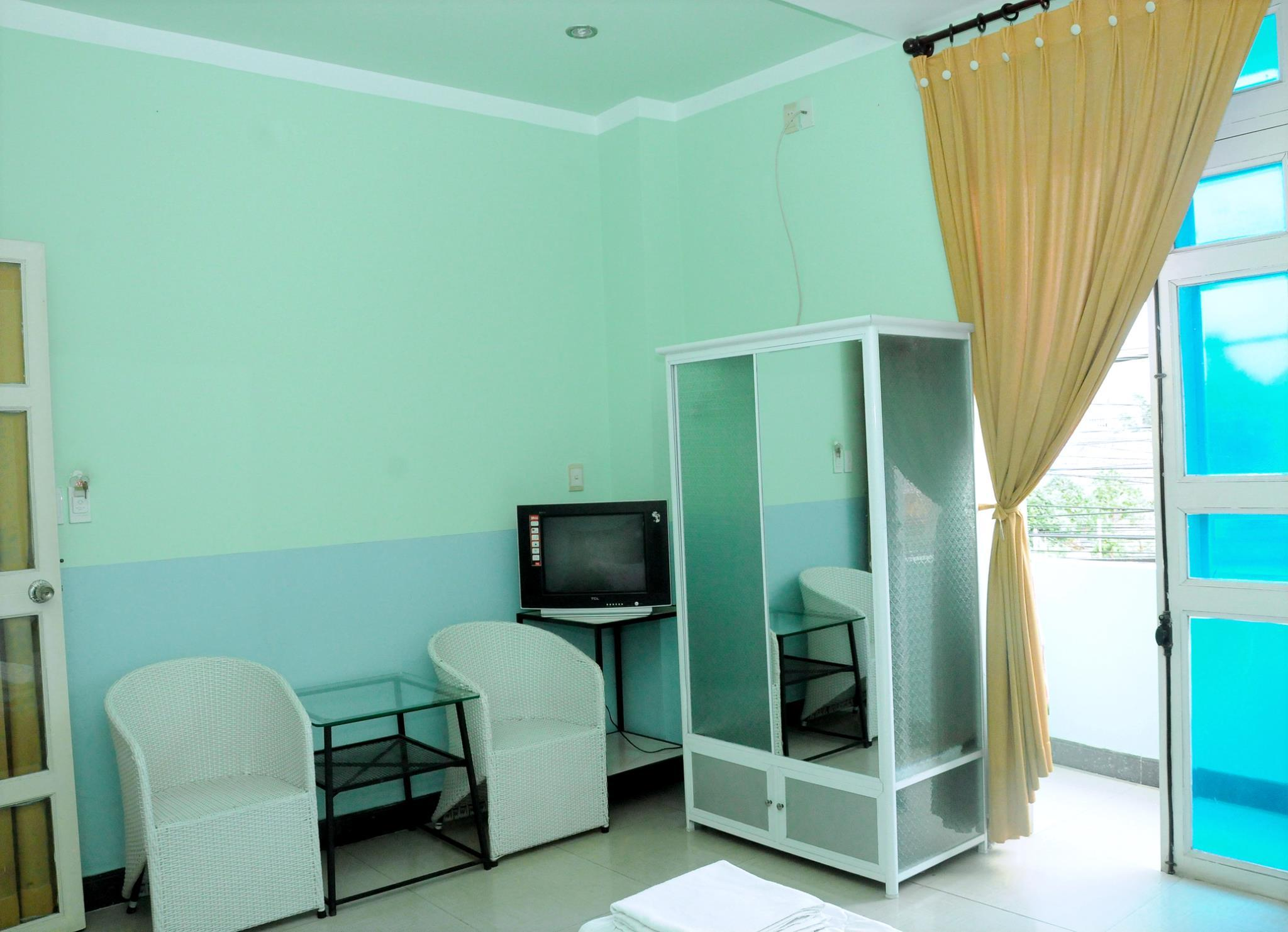 Nhiet Doi Hotel, Thủ Dầu Một