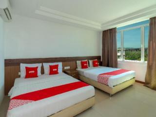 OYO 216 La Viva Hotel