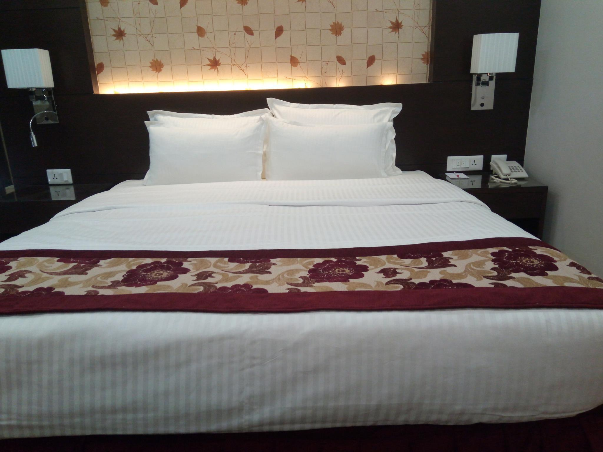 Hotel Harrison Palace, Koshi