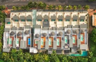 Coconut Grove Port Douglas Hotel