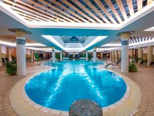 Aquarell Hotel Cegled, Ceglédi
