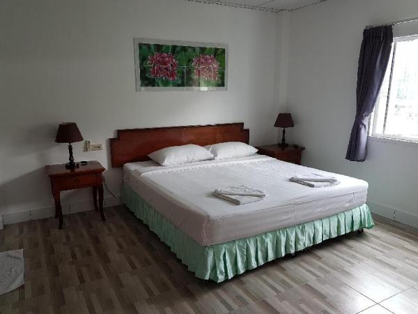 Welcome Inn Hotel karon Beach Double room from only 600 Baht Phuket