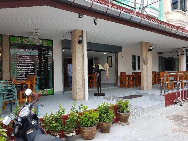 Welcome Inn Hotel Karon Beach Single room from only 500 Baht Phuket