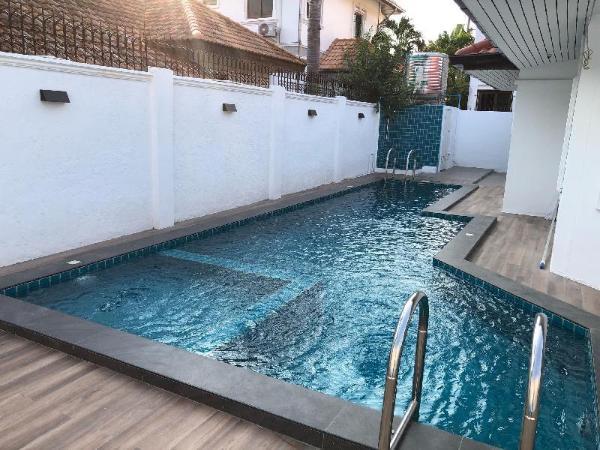 Family private pool villa la ibiza Pattaya