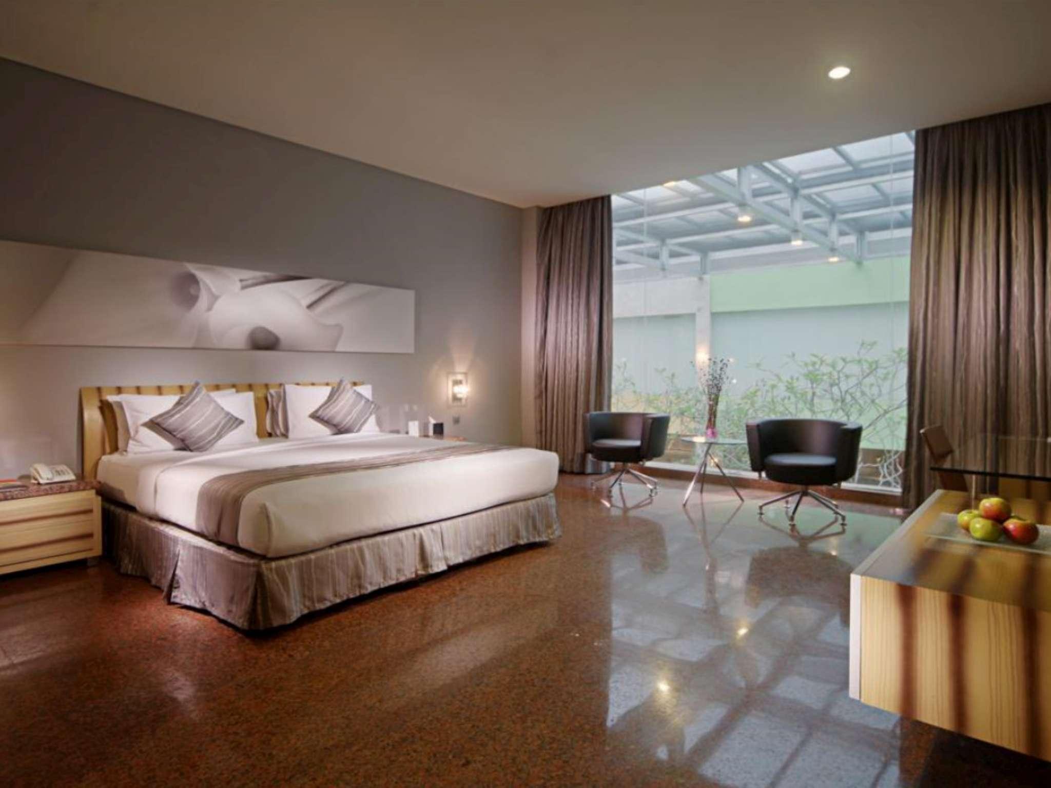 FM7 Resort Hotel Tangerang