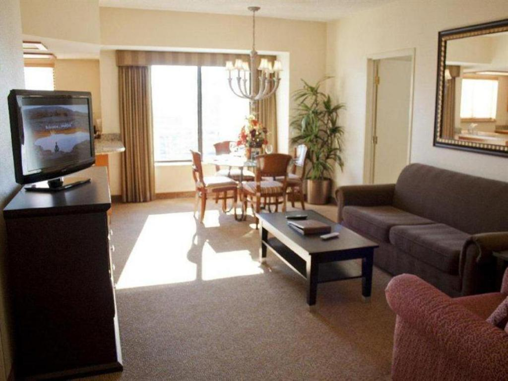Planet Hollywood Towers 2 Bedroom Suite Best Price On Polo Towers Resort By Diamond Resorts In Las Vegas