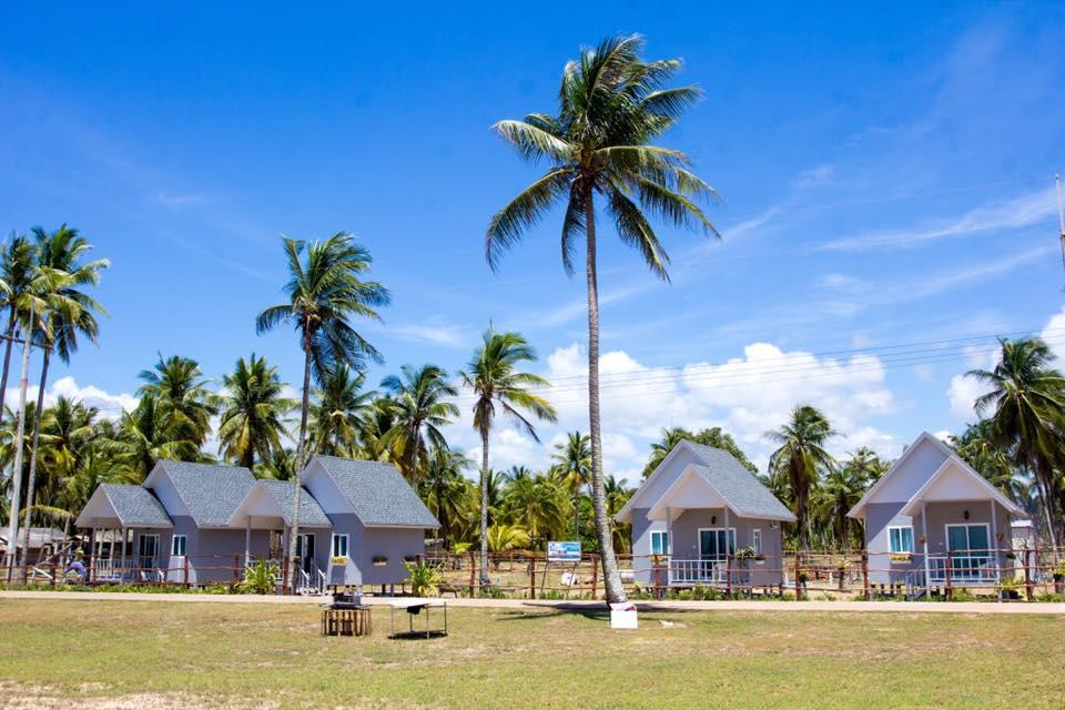 Banton Beach , Muang Narathiwat