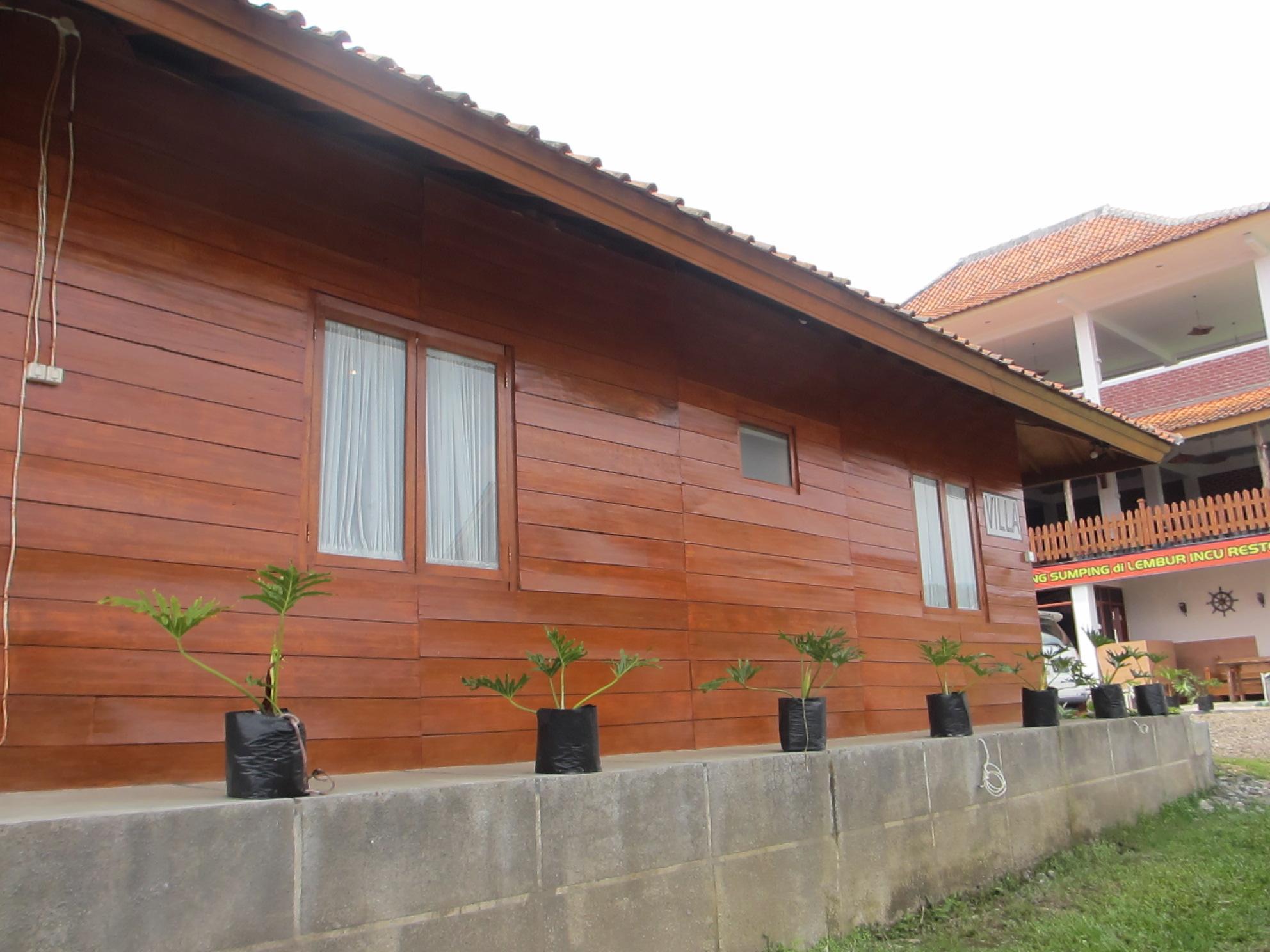 Lembur Incu Syariah Villa and Resto