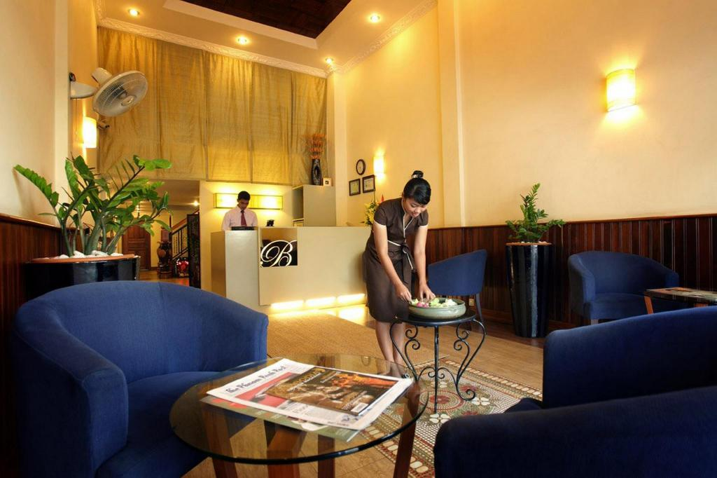 Best Price on Royal Inn Hotel in Phnom Penh + Reviews!