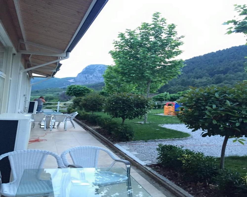 Vila Zeneli, Librazhdit