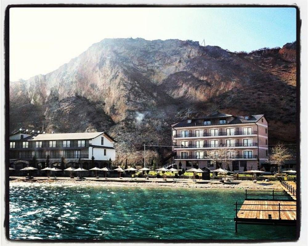 Relax  Resort, Pogradecit