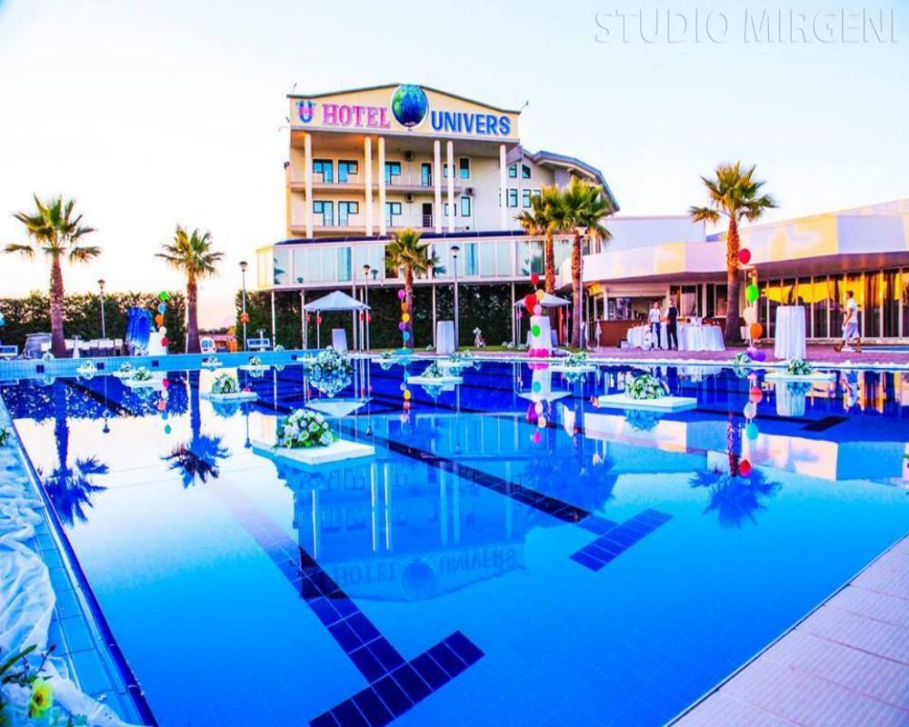 Hotel Univers, Kurbinit