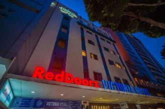 RedDoorz Plus Victoria Hotel (SG Clean Certified)