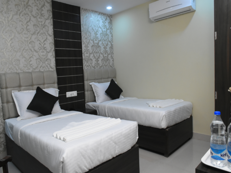 Hotel SLE Residency, Varanasi