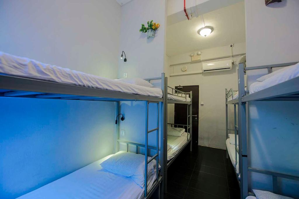 top hostels in geylang singapore