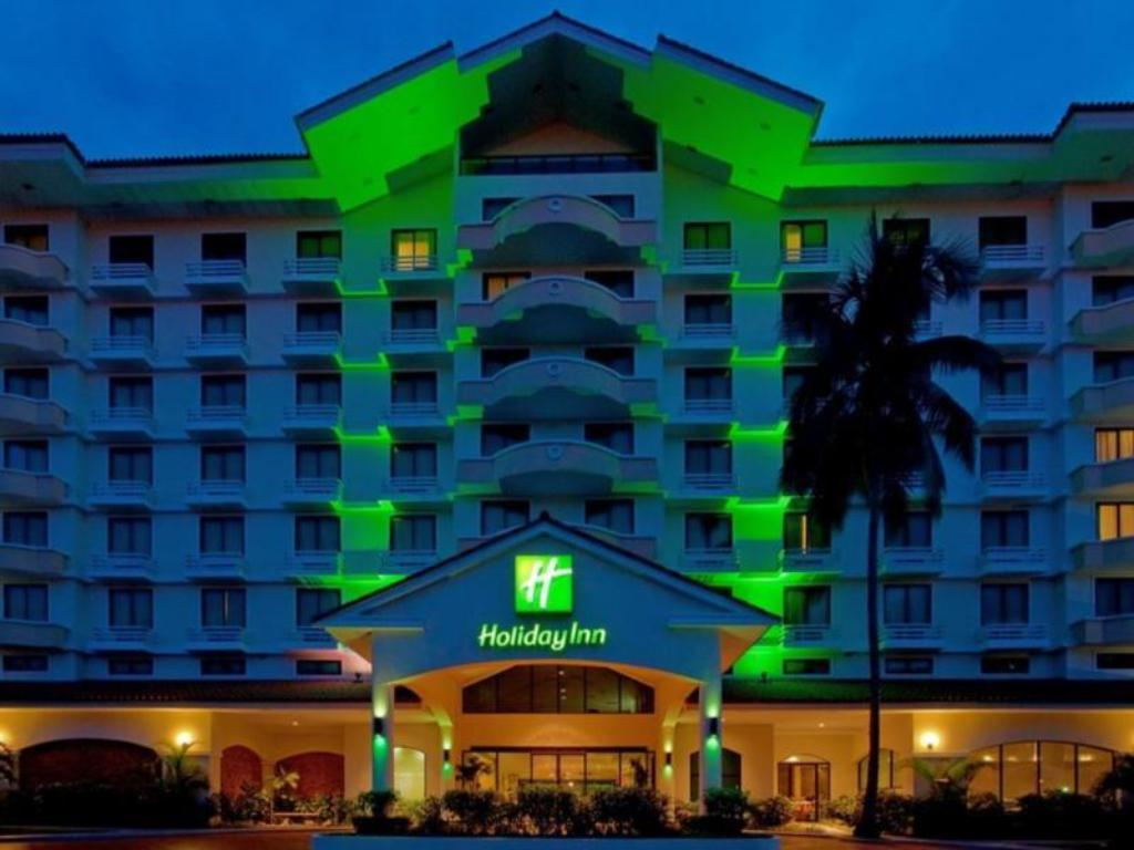 report based on holiday inn hotel Checking into a hotel for a holiday vacation beware of bed bugs hotels and  motels can be hot spots for infestations of the small.